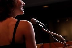 5 Ways Professional Speakers Can Make More Money with Books