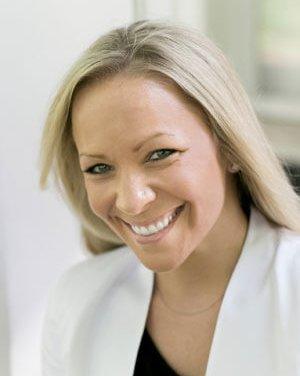 Member Interview: Alicia M. Smith, author of Common Stones