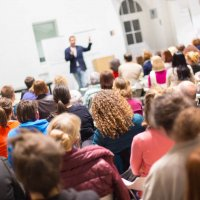20+ Pro Tips to Dazzle During Your Next Speaking Engagement