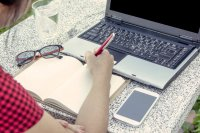 Online PR – How to Locate and Pitch Bloggers
