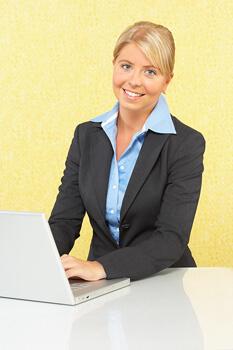 How to Host Teleseminars and Webinars