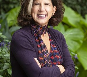 Podcast Interview: Robin Colucci 09/22/2021 – How to Write a Book That Sells You as a Speaker, Consultant or Business Owner